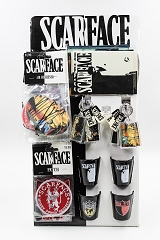 Scarface Board Display w/ 4 Airfreshners, 4 Patches, 4 Shot Glasses & 8 Keychains