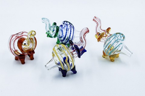 100Gr. Multi Colored Lining Clear Elephant Animal Glass Pipe
